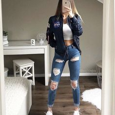 Casual School Outfits, Teenage Outfits, Cute Teen Outfits, Cute Comfy Outfits, Sporty Outfits, Teen Fashion Outfits, Simple Outfits, Outfits For Teens, Stylish Outfits