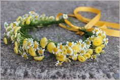 .daisy wildflower flower girl hair floral crown  yellow white  portland oregon wedding florist  http://www.sophisticatedfloral.com/