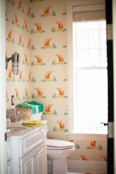 I love love love the idea of wallpaper in the bathroom. However, I have clear childhood memories of watching steam-damaged wallpaper peel a. Bathroom Kids, Bathroom Wallpaper, Small Bathroom, Amazing Bathrooms, Cottage Bathroom, Guest Bedroom, Bathroom Decor, Wall Coverings, Bathroom Inspiration