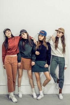 Top: sweatshirt, vintage sweatshirt, modern, modern vintage, modern style…