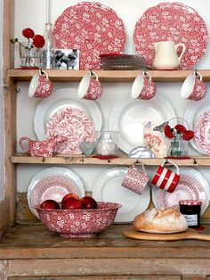 I have this in blue and white. It's called CALICO by Burleigh made in Staffordshire England.