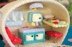 kaku~craft en gnaydn bahar kim sevmez ki first baby of spring amigurumi crochet weamiguru knitting amigurumidoll handmade handmadedoll Crochet Art, Crochet Bunny, Cute Crochet, Vintage Crochet, Crochet Toys, Yarn Crafts, Sewing Crafts, Diy Crafts, Amigurumi Patterns