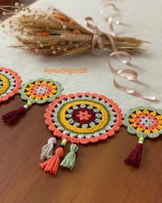 Doily Art, Crochet Slippers, Crotchet, Doilies, Elsa, Crochet Earrings, Mandala, Creative, Felt Projects