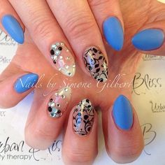 If you're ever in Melbourne, Australia make sure you visit Simone over at @urbanblissbeauty . Design and details featuring Genuine Swarovskis stones from www.InTheNailRoom.com