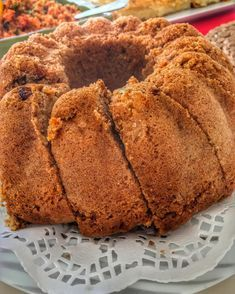 Elmalı Kek, which I made to my guests yesterday ım Especially the children eat fried. With apple raisins and orange peels. Elmalı Kek, which I made to my guests yesterday ım Especially the children eat fried. With apple raisins and orange peels. Pasta Cake, Cake Recipes, Dessert Recipes, Apple Cake, Cupcake Cookies, Raisin, Chocolate Cake, Bakery, Deserts