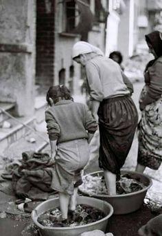 Balat'ta sıradan bir gün (1980'ler) #birzamanlar #istanbul #istanlook