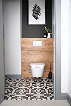 Ideas de decoración: Errores frecuentes al reformar y decorar la cocina y el baño - Foto 2 Small Toilet Design, Small Toilet Room, Bathroom Design Small, Bathroom Interior Design, Small Bathroom Paint, Bathroom Designs, Small Wc Ideas Downstairs Loo, Downstairs Toilet, Tiny House Bathroom