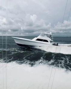 Fishing Yachts, Sport Fishing Boats, Sailing Yachts, Bertram Boats, Hatteras Yachts, Center Console Fishing Boats, Offshore Fishing, Fishing Photography, Boat Building Plans