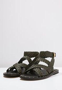 Lass die Sonne an deine Füße. Versace Riemensandalette - army für 444,95 € (22.08.16) versandkostenfrei bei Zalando bestellen.