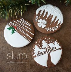 christmas cookies sugar Weihnachtspltzchen Kekse R - christmascookies Christmas Biscuits, Christmas Sugar Cookies, Christmas Sweets, Christmas Gingerbread, Noel Christmas, Holiday Cookies, Christmas Baking, Gingerbread Icing, Christmas Ideas
