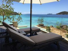 Now, how cool is that? #travel #paradise #beach #sundeck