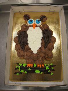 Owl cupcake cake Owl Cupcake Cake, Owl Cupcakes, Cute Cupcakes, Cupcake Ideas, Pull Apart Cake, Pull Apart Cupcakes, Easy Owl Cake, Birthday Parties, Birthday Cakes