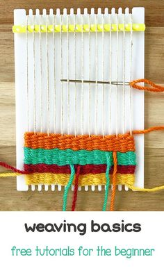 How to Begin Weaving on a Frame Loom Come learn to weave! This is the first in a series of free tutorials for the beginner weaver. Weaving Loom Diy, Weaving Art, Weaving Patterns, Tapestry Weaving, Hand Weaving, Knitting Patterns, Stitch Patterns, Macrame Patterns, Yarn Crafts