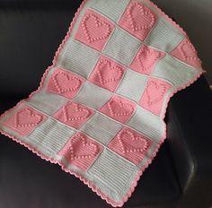 crochet bobble heart blanket free pattern, gehaakte hartjes deken gratis vertaald patroon