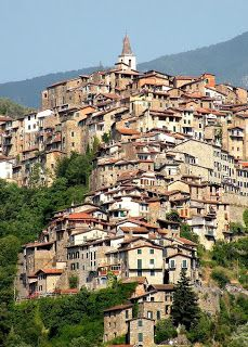 Apricale, Village of Stone