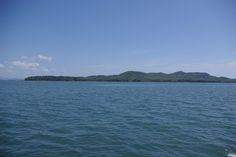 south face into open pacific ocean - Isla Gobernadora home of Playa Chan in Veraguas, Republica de Panama. For more info call 011 506 8836 1411.