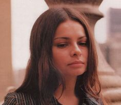 Hope Sandoval (Mazzy Star, Hope Sandoval and the Warm Inventions)