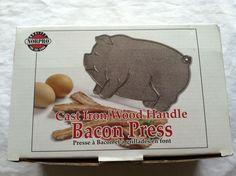 NORPRO Cast iron bacon press pig with wood knob handle pig shape NIB burgers