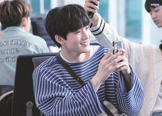 Junkyu at Incheon Airport Yoshi, Chanwoo Ikon, Yg Entertaiment, Im Going Crazy, Hyun Suk, Sinb Gfriend, Fandom, Incheon, Treasure Boxes