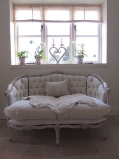 Antique Swedish sofa, from Stenvall interiors