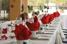 LUXURY YACHT TABLE SETTINGS