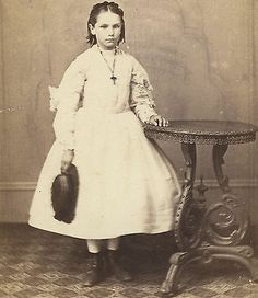CDV Pretty Victorian Girl in White Dress by J Russell Sons Chichester Sussex | eBay