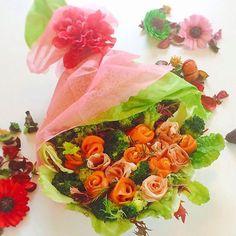 misato51877サラダブーゲが作ってみたくて♡  Salad bouquet for today's breakfast.  I'm longing for spring to come♡ ____________________ #salad#cooking#homemade#breakfast#foodpic#instafood#bouquetsalad#saladbouquet#bouquet#floral#food#cute#love#instagood#fun#foodcoma#yum#spring#rose#instagood#nonfilter #おうちごはん#おうちカフェ#朝食#サラダブーケ#朝ごはん#暮らし#サラダ#自炊 ______________________ ◉旦那さん 大喜び。よかったー♡可愛いもの好き。多分、私よりも女子力高い。 ◉春 早くこやへんかなぁー、今日も東京はちょっぴり冷えます…。 ◉雛祭りにもいいかもしれない♪