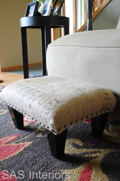 DIY Coffee Sack Ottoman I want to do this with the kona coffee sack Luke & I got in Hawaii