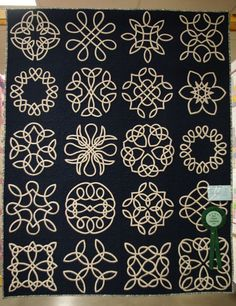 "Sandi Mac's ""Celtic Sampler"" Quilt won Best Hand Applique in Photo by Linda Hubbard. Celtic Quilt, Celtic Symbols, Celtic Art, Celtic Knots, Celtic Dragon, Mayan Symbols, Egyptian Symbols, Ancient Symbols, Celtic Patterns"