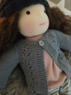 Grundopskrift trøje - www.helgom-dukker.dk Flora, Crochet Hats, Fashion, Knitting Hats, Moda, Fashion Styles, Plants, Fashion Illustrations
