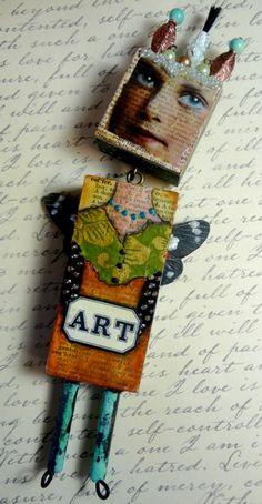 Van dik karton maken ipv lucifer doosje...gezicht uitknippen vintage lady printen, torso van stof, vleugels van papier, armen en benen kraaltjes