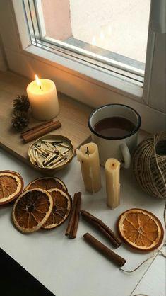 Autumn Aesthetic, Christmas Aesthetic, Aesthetic Art, Autumn Cozy, Fall Winter, Best Seasons, We Fall In Love, Hello Autumn, Autumn Inspiration