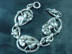 "Art Nouveau Sterling Silver 7""  Bracelet 3-D Flowers & Leaves Stunning     #1514 #Unbranded #Chain"