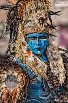 Guerrero Azteca by Anderson Diaz Warrior Princess, Memes Arte, Aztec Culture, Aztec Warrior, Inka, Aztec Art, Art Africain, Mexican Art, Native Indian