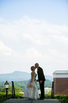 Ashley and Nick, Lord Jeffrey Inn summer wedding, Massachusetts Wedding Photographer Sandra Costello