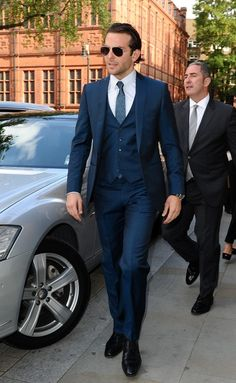 Navy blue suit pink shirt | Men's fashion | Pinterest | Blue suits ...