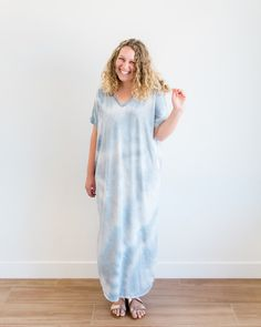 Clarion V-Neck Maxi Dress - Painted Pretty Shop