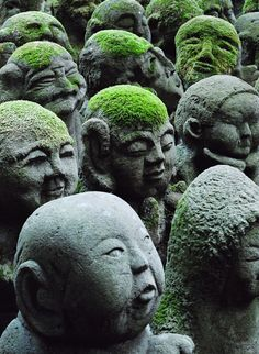 Rakan at the Otagi Nenbutsu-ji Temple, Kyoto, Japan. Photographer John Paul Foster. °