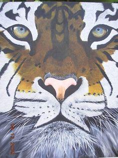 """""""Close up""""   Acrílico    70 x 100 cms Angélica Henríquez Acevedo."""