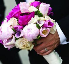 bouquet lilla per la sposa. Guarda altre immagini di bouquet sposa: http://www.matrimonio.it/collezioni/bouquet/3__cat