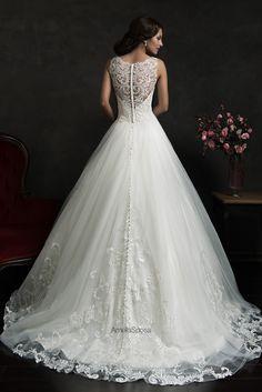 so delicate and romantically elegant