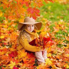 Photography props kids children ideas for 2019 Photography Props Kids, Autumn Photography, Outdoor Photography, Photography Poses, Family Photography, Amazing Photography, Fall Pictures, Fall Photos, Fall Portraits