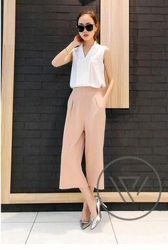 Set bộ công sở quần suông màu  trắng, hồng da
