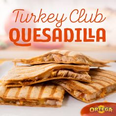 This quick & easy game day #QuesIdea is a perfect snack or appetizer for your next game day party. Take turkey, bacon, lettuce, and tomato and turn the fan favorite sandwich into a Turkey Club Quesadilla. Tip: top with lettuce and tomato, and dip in Ortega Taco Sauce to add a spicy kick. Taco Bell Recipes, Chicken Recipes, Nibbles For Party, Ravioli Bake, Taco Sauce, World Recipes, No Cook Meals, Food Videos, Food To Make