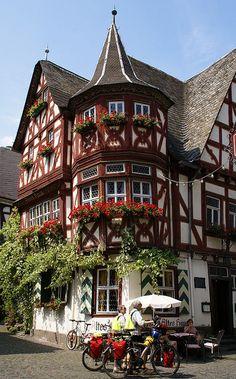 Bacharach, Marktplatz, Altes Haus, Germany