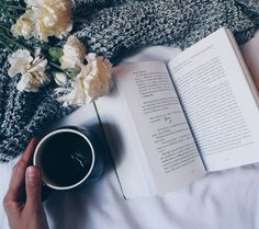 Bom dia :) .  Credits to @planwithpanda .  #vscobook #bookish #bookstagramfeature #bookstagram #bookworm  #bookgram