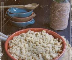 Crumble cu varza Grains, Rice, Food, Meal, Eten, Meals, Jim Rice, Korn, Brass