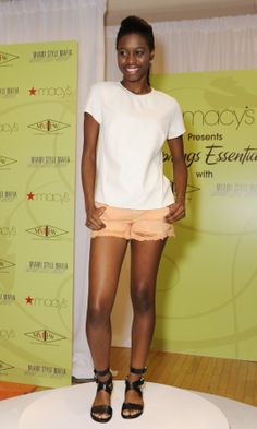 www.MMIFW.com #MMIFW #PedroHeshike #Macys #MiamiStyleMafia #Spring #Fashion #Style #ElectricBloggerella #ChicStreetsandEat