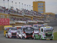Salida de la carrera de Camiones