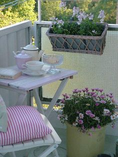 Patio ~ Small spaces
